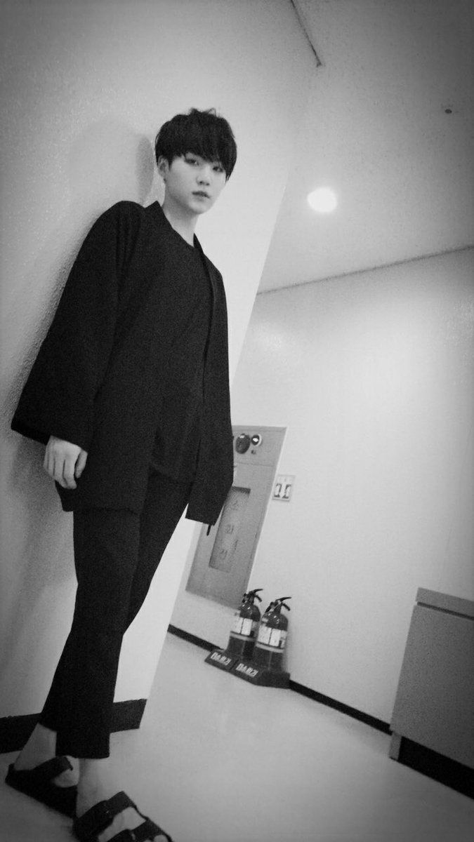 Suga ❤ [Bangtan Trans Tweet] 아미들 모두 수고해쓰용!! \ ARMYs, you worked hard!! (WHAT DID WE DO TO DESERVE THIS! MIN SUGA YOU DAMN MODEL! THX! HE IS SO HANDSOME/CUTE I CRY EVERYTIME.. also who took this.. Jimin? :o) #BTS #방탄소년단