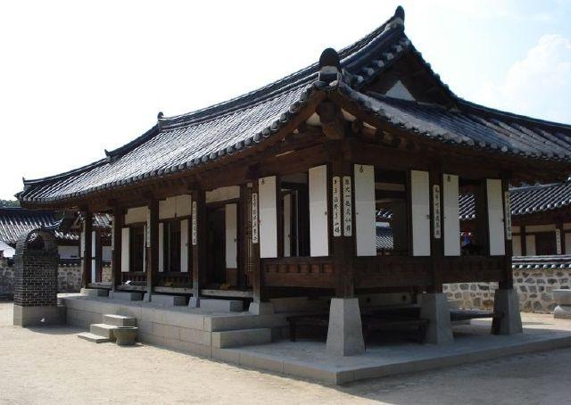 Unique and Antique Korean Traditional House(1)