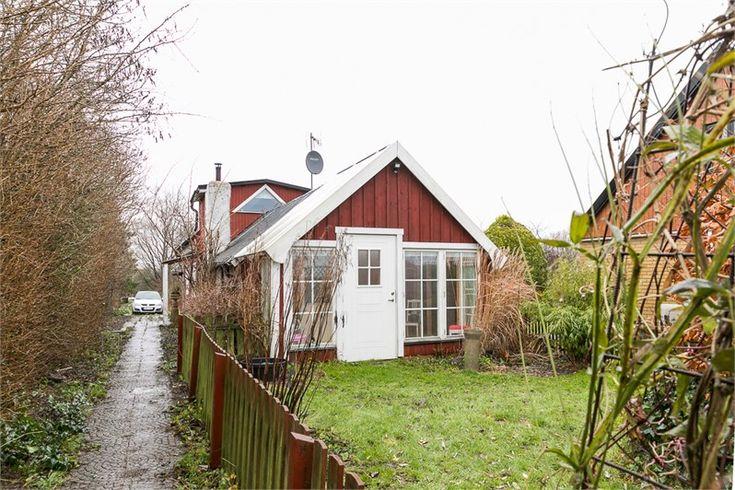 Alstavärn 39-0 Alstad, Trelleborg. That window?! Do you see it? 😂
