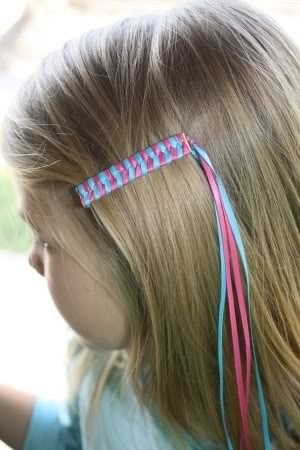 Those lovely ribbon barrettes...a how-to. My kids will so be wearing these (because I would look silly with ribbons in my hair).