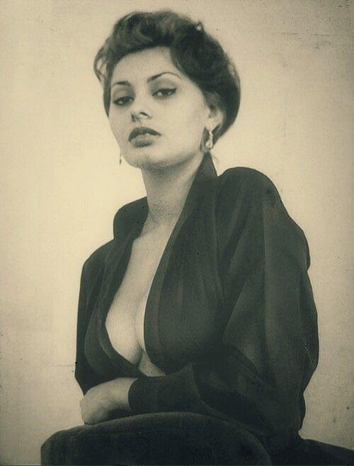 7 best Sophia Loren naked images on Pinterest | Sophia ...