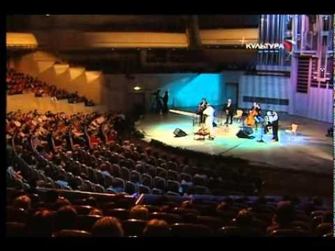 """Евгений Дятлов концерт """"Песни из кинофильмов""""  12.10.2008 https://www.youtube.com/watch?v=Qdf9BwCWRw4&list=RDQdf9BwCWRw4"""