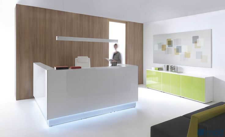 LINEA reception desk