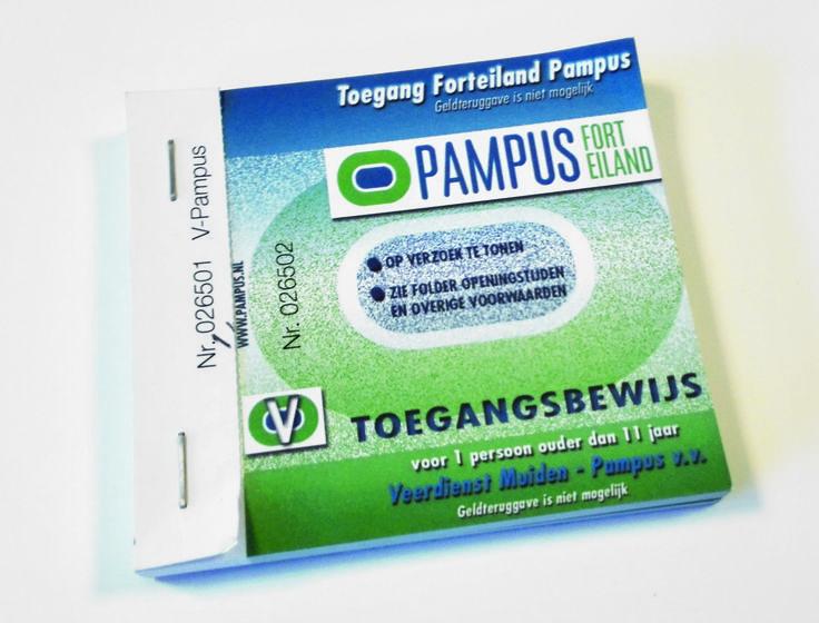 Toegangsbewijzen Pampus: in blokjes geniet, met een perforatielijn.