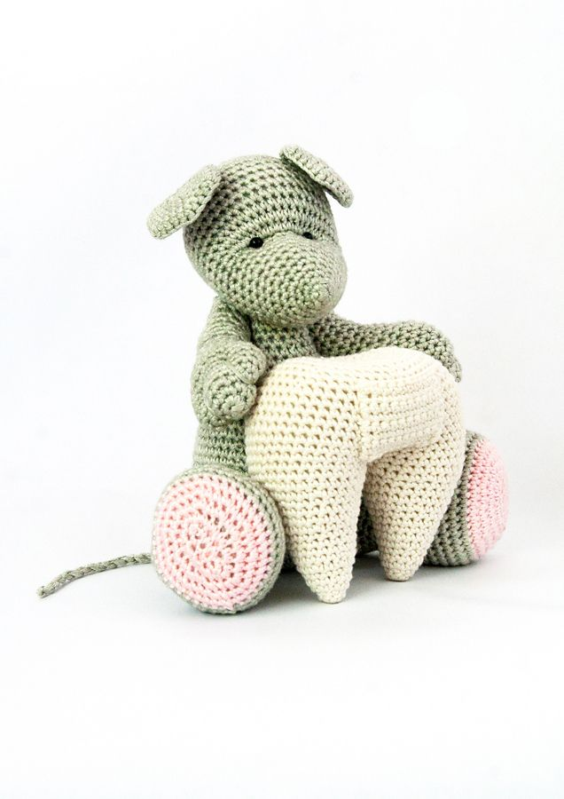 Ravelry: Timothy Tooth Mouse pattern by Sharonlee Holder