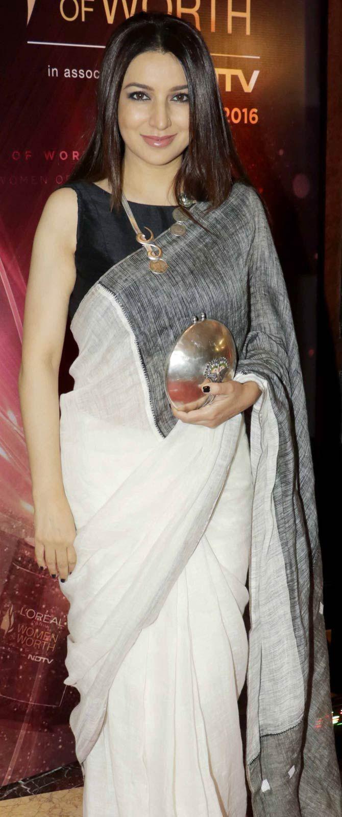 Tisca Chopra at the Women of Worth Awards. #Bollywood #Fashion #Style #Beauty #Hot #Desi #Saree