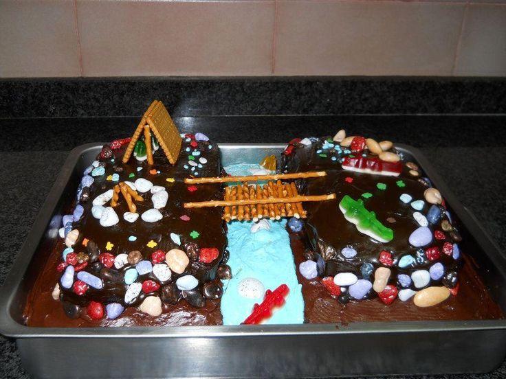 Bridge between cakes