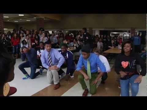 Idea: Flash Mob Prom Proposal
