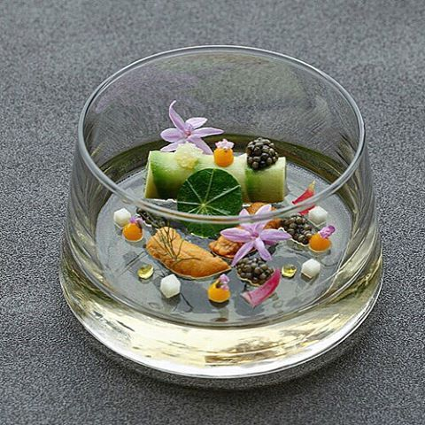 Langoustine & Avocado cannelloni, with Japanese sea urchin and Oscietra caviar. Delicately tasty. #fresh #ocean #sea #seafood #uni #caviar #wild #nature #pretty #chef #luxury #delicious #feminine #fish #cook #beautiful #dish #love #amazing #picoftheday #product #me #tbt #food #gastroart #artofplating @jaansg