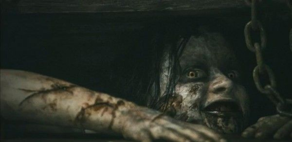 "Evil Dead Review - it's finally here ""They're gonna get you...CUT IT!"""