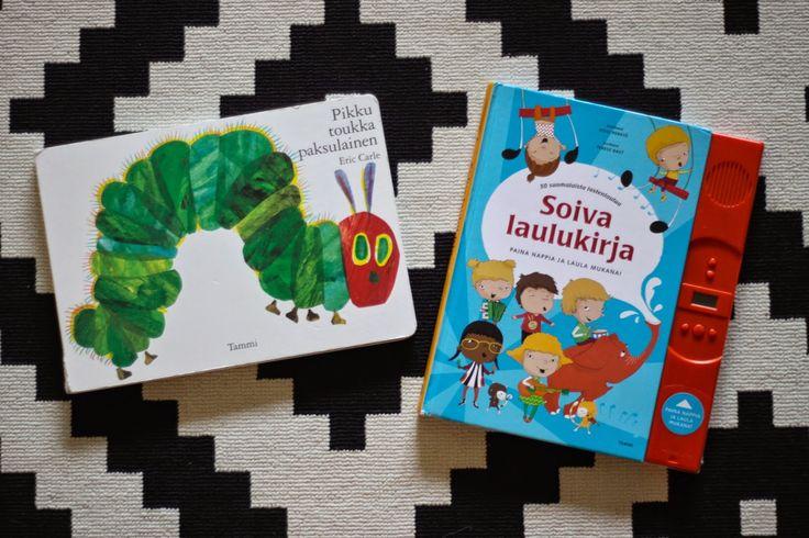 Lapsen lempikirjat vauvasta kaksivuotiaaksi
