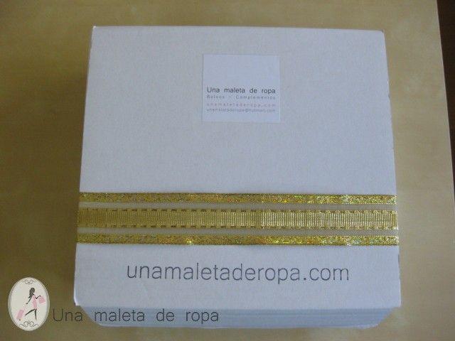 Caja blanca decorada para navidad