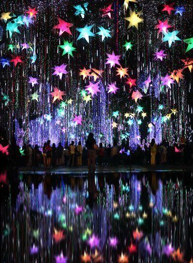 110 best Unique Christmas Lights images on Pinterest | Christmas ...