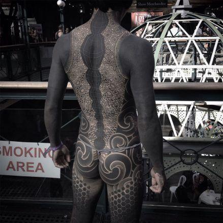 Japan Based Tattooer Gakkin Creates Beautiful Body Suits 1 Japan Based Tattooer Gakkin Creates Beautiful Body Suits