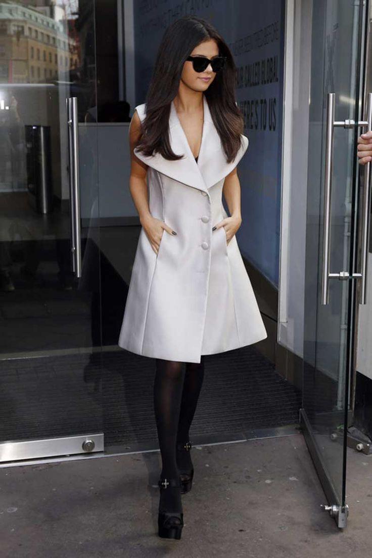 Todas Las Tenidas Increíbles Que Selena Gomez Usó Para Promover Su Nuevo Album