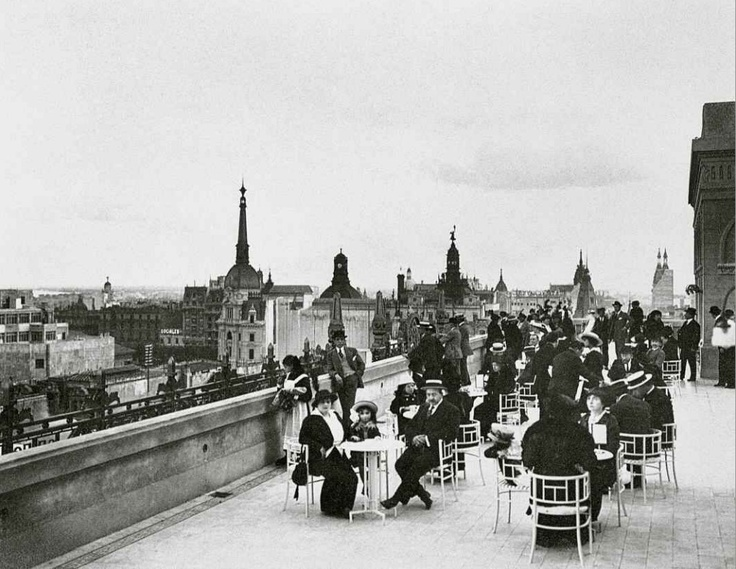 C. Aymassi y Cia. Terraza del tea room (8º piso). En: The South American Stores Gath y Chaves Ltd. Detalle. [1910]. (Cat. nº 162)