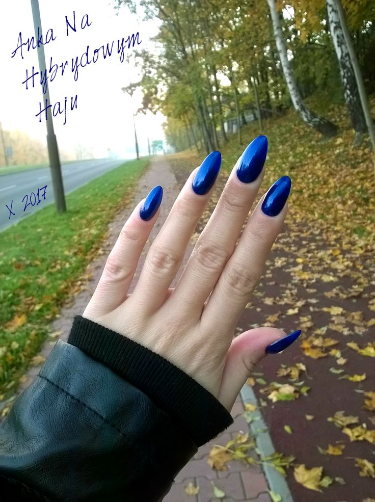 #paznokcie #manicure #hybrydy #pazurki #AnkaNaHybrydowymHaju #Nails #jesień #jesienne #autumn #autumnnails #jesiennepaznokcie #jesienneinspiracje #granat #granatowy #granatowepaznokcie