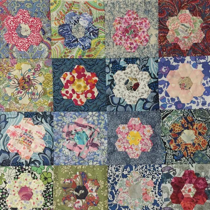 Close up #epp #englishpaperpiecing #libertylawn #libertyprint #libertyfabric #libertytanalawn #halfinchhexagons #hexagons #halfinchhexies #patchwork #quilt #patchworkquilt @sweet_liberty_life