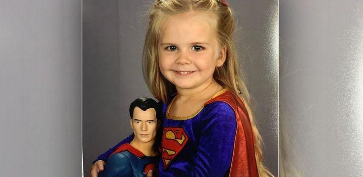 Ihr Outfit für die Schulfotos darf diese 3-Jährige selber wählen...
