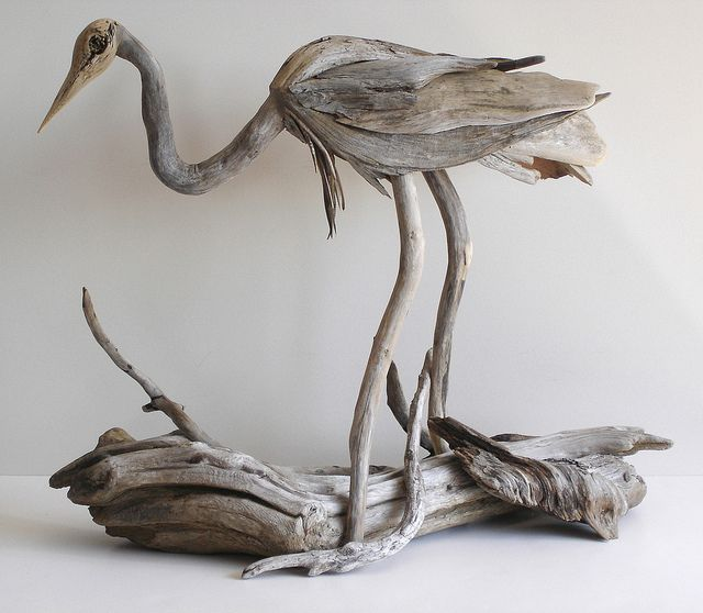 escultura en maderadriftwood heron