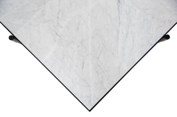 HANDVÄRK Coffee Table 90 // White Marble
