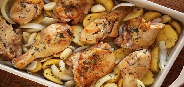 طريقة عمل صينية بطاطس بالفراخ موقع طبخة Sauce For Baked Chicken Chicken Main Dishes Chicken