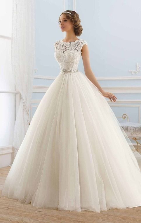 Tulle Bateau Neckline Ball Gown Wedding Dress,White Lace Bead Bridal Wedding Dress from SexyPromDress
