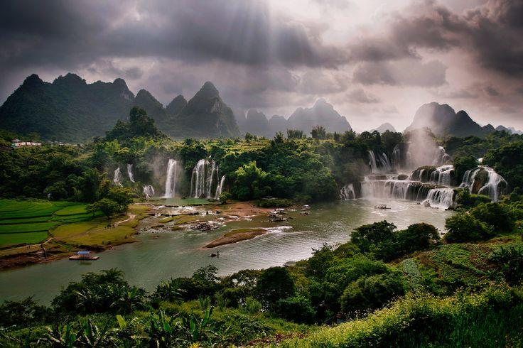 Ban Gioc Waterfall, Detian Waterfall, Guangxi, China