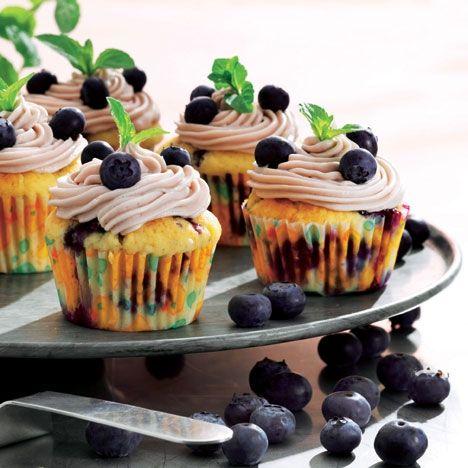 Cupcakes med blåbær med smørcreme