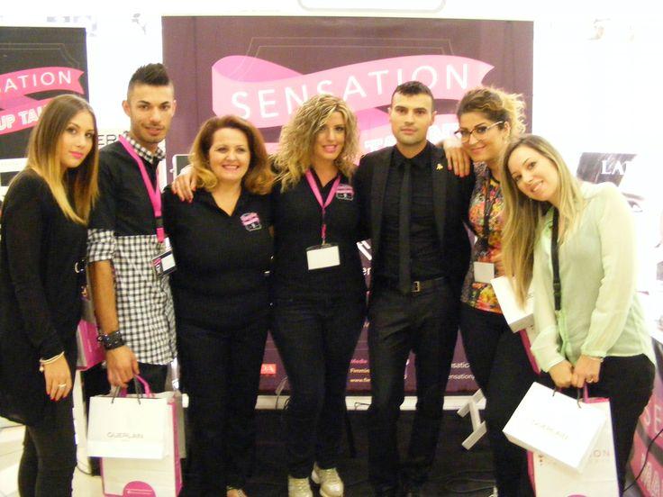 I giudici Insieme ai finalisti: da destra Concettina Forastefano, Katerin Picciolo, Antonio Bevilacqua e la semifinalista Giulia Costantinelli.