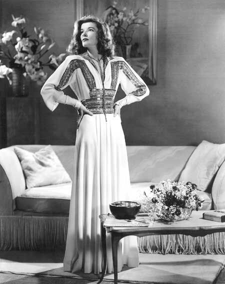 Katherine Hepburn's dress in The Philadelphia story is just beautiful. Ideal.