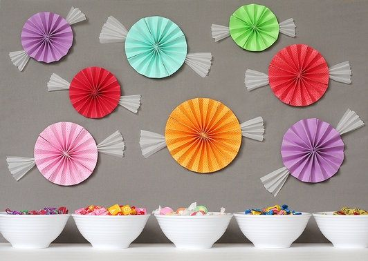 Sweet paper fan candies for candyland party decorations #candyland #decor #DIY candyland-birthday-party