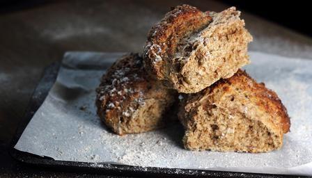 Paul Holywoods Soda bread..... 500g flour, 420ml butter milk, 1tsp bicarb soda, 1tsp salt.