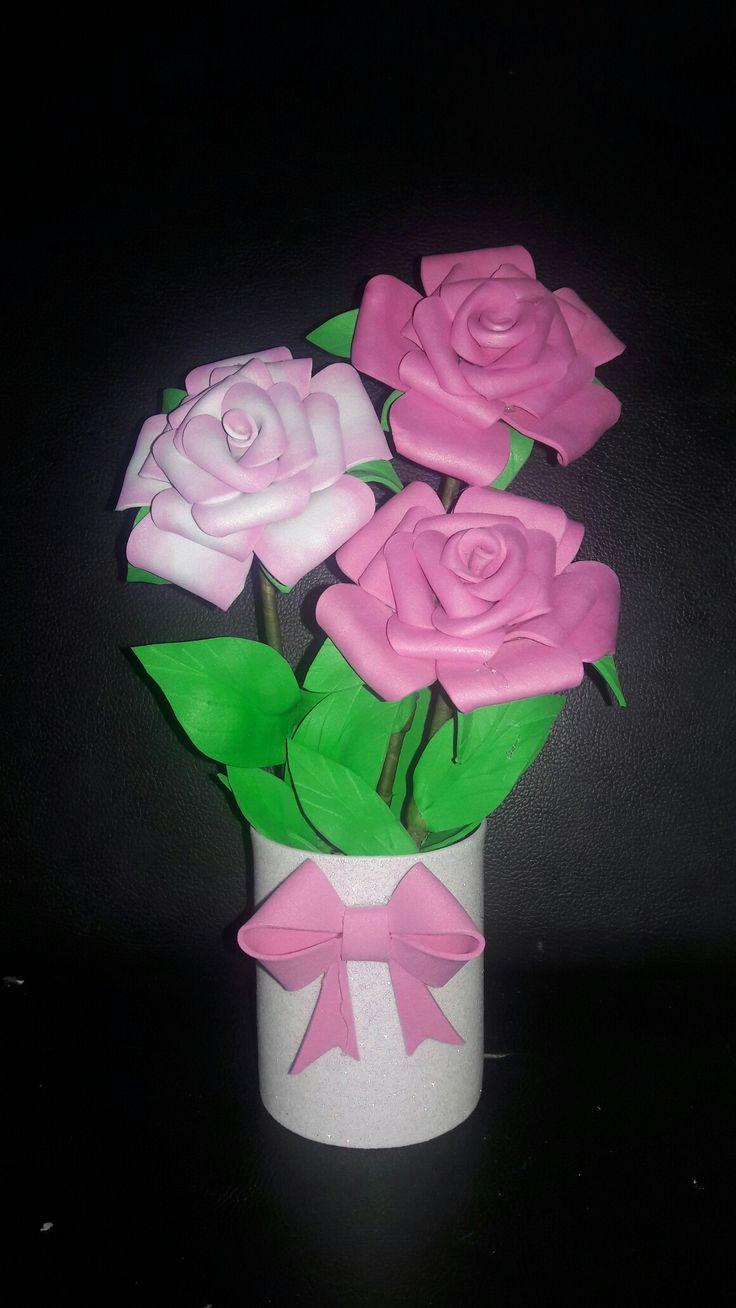 Canasto de rosas en Fonsi o goma e va para mama