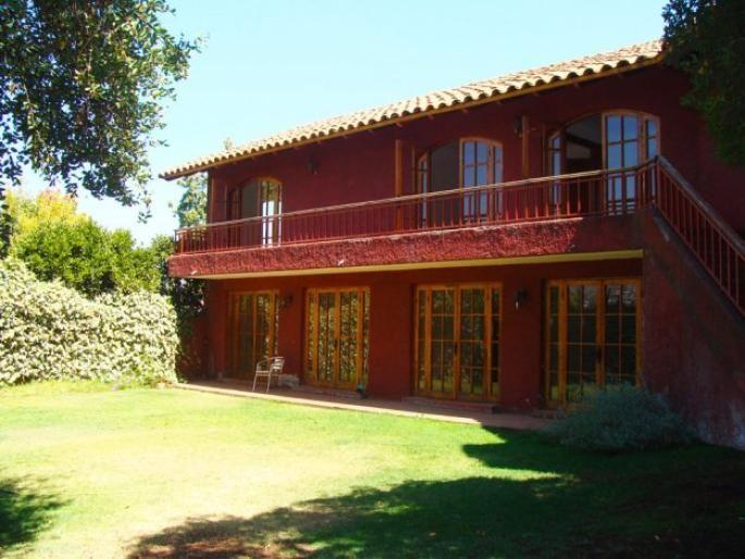 Cómoda casa en el Huinganal Informe de Engel & Völkers | T-1421346 - ( Chile, Región Metropolitana de Santiago, Lo Barnechea, El Huinganal )