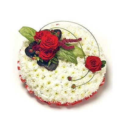 Композиция состоит из кустовой хризантемы 20шт., розы 4шт., амаранта, гиперикума, аглаонема 3шт., берграса  http://www.dostavka-tsvetov.com/shop/278/desc/dessert-bogini