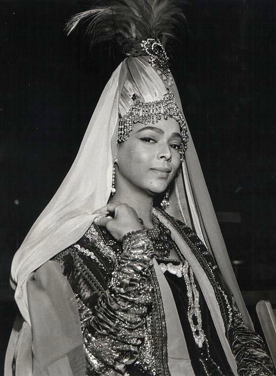 Dorothy Dandridge on the set of film Marco Polo (1962).