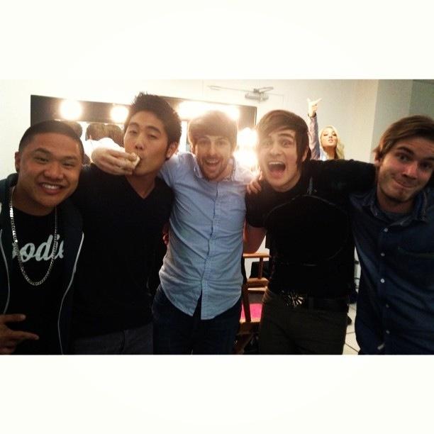 Timothy (Timothydelaghetto) , Ryan (Nigahiga) , Ian (Smosh) , Anthony (Smosh) , Jenna (Jennamarbles) , and Felix (PewDiePie)