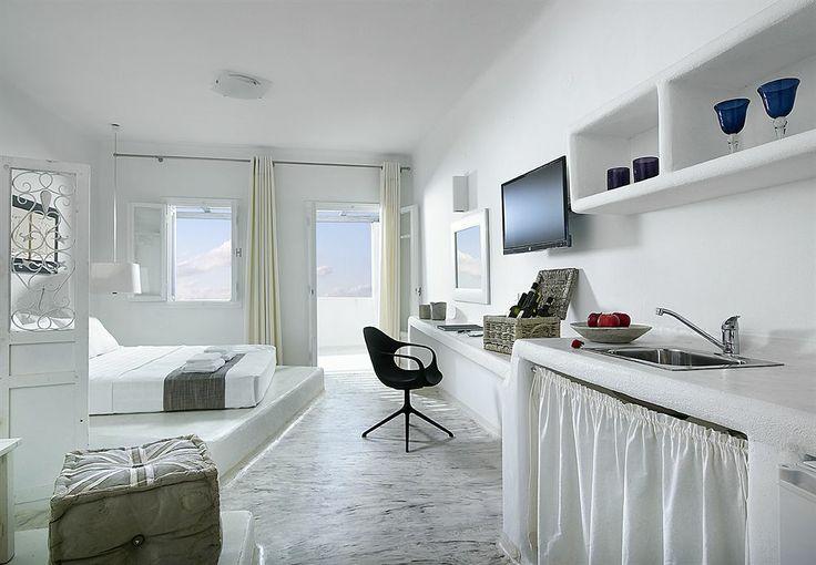 Artemis Deluxe Rooms - milos $451