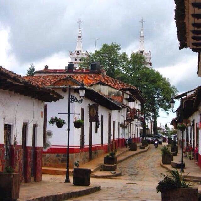 Calle Hidalgo Icono de Mazamitla Jalisco