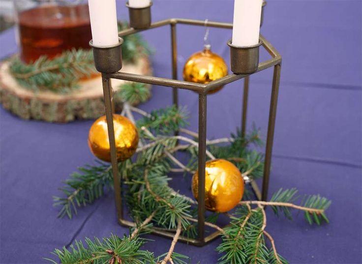 25 einzigartige adventskranz metall ideen auf pinterest hul basteleien mit mistelzweigen und - Adventskranz edelstahl dekorieren ...