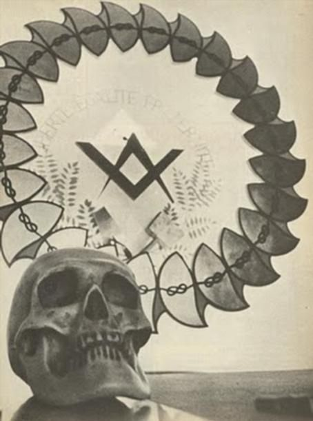 Ritual satanist in Muntii Apuseni. Masonii din Romania, aduc jertfelnic de sange