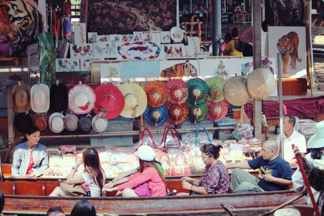 Booth of colourful hat in floating market dam noen saduak Bangkok