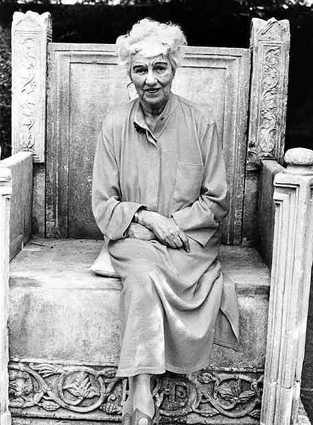 Peggy Guggenheim, in the garden of her palace in Venice in 1979.