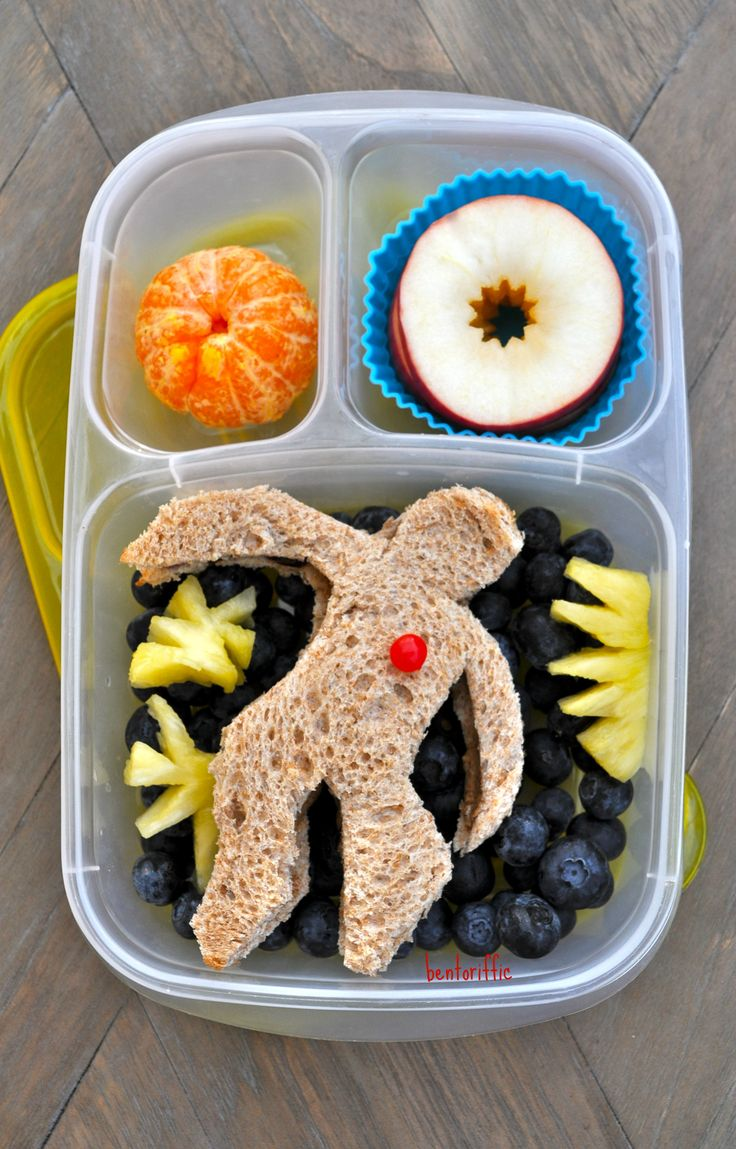 Get a free printable: 20 Healthy Preschool Snacks. Fruit salad, low-sodium ham rolls, brown rice, brownie, green beans. Breakfast for Lunch: homemade whole grain chocolate chip pancakes, maple syrup, plain Greek yogurt with strawberry yogurt heart, and a happy (stickers).