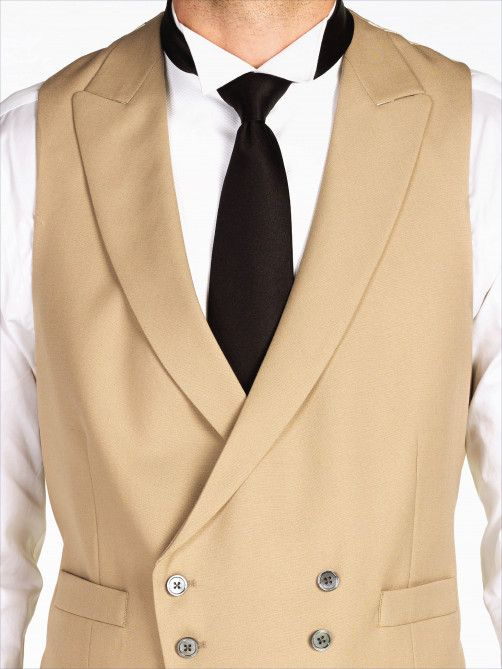 A classic lightweight wool double-breasted waistcoat, cut with sweeping peaked lapels, a six button front and two welted pockets. The strong double-breasted shape is perfect for making an elegant statement when...