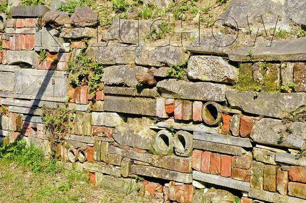 Trockenmauern Naturgarten Recycling www.naturgartenvielfalt.de dry wall stone dyke wildlife garden Kerstin Küchow native plants