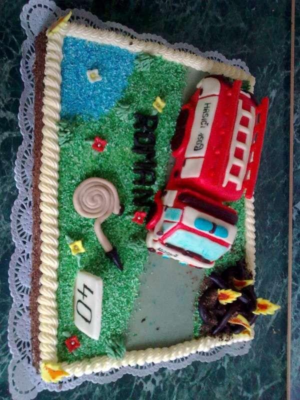 ke 40. narozeninám  s hasičským autem