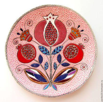 """Тарелки ручной работы. Ярмарка Мастеров - ручная работа. Купить Керамическая тарелка""""Гранаты"""". Handmade. Розовый, гранаты, гранат натуральный"""