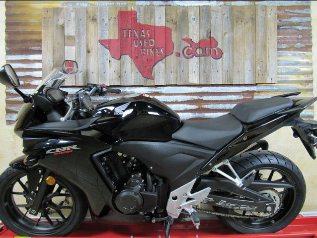 Texas Used Bikes is a renowned used motorcycle dealer in Texas. The dealer offers extended warranty options and financing for all type of used motorcycles and dirt bikes. For more information, call at (254) 554-7953